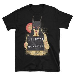 Elliz Clothing Bat Girl Mugshot Camiseta unisex