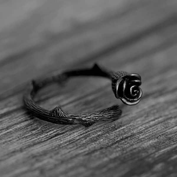 Elliz Clothing Anillo Ajustable Gótico de Rosa Negra