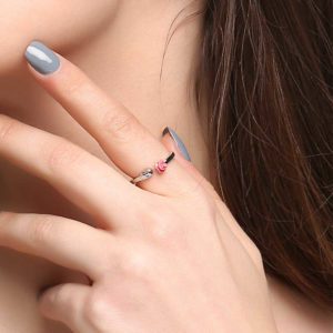 Elliz Clothing Skull+Rose Stainless Steel Ring on model